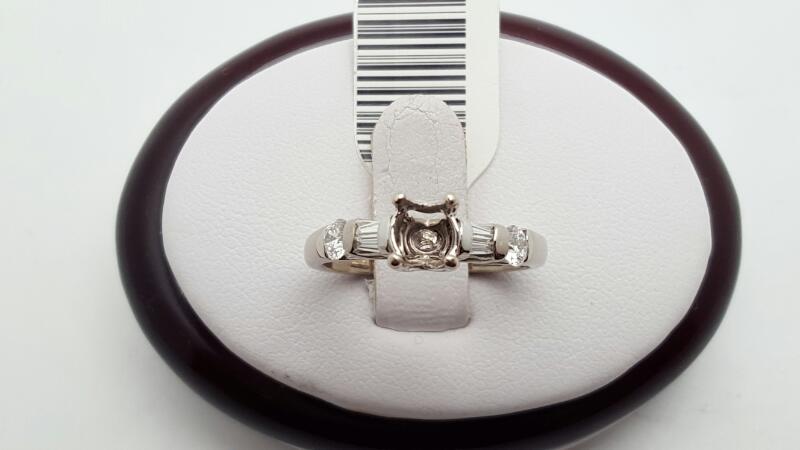 Lady's Diamond Engagement Ring 6 Diamonds .28 Carat T.W. 18K White Gold 4.5g