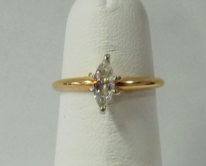 Lady's Diamond Engagement Ring .40 CT. 14K Yellow Gold 1.2dwt