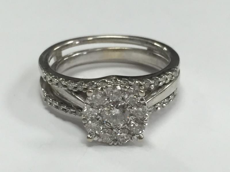 Lady's Diamond Wedding Set 40 Diamonds 1.04 Carat T.W. 14K White Gold 5.36g