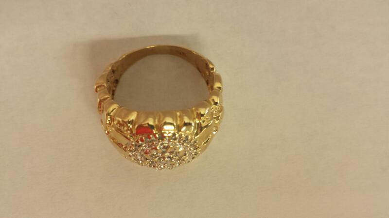 14k Yellow Gold Ring 26 Round Diamonds