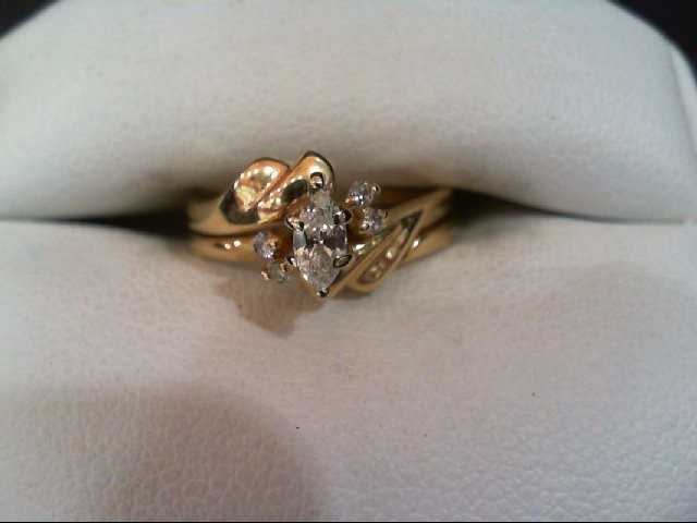 Lady's Diamond Wedding Set 5 Diamonds .26 Carat T.W. 14K Yellow Gold 3.6g