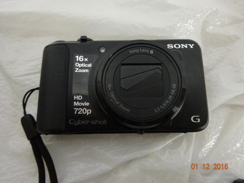 SONY Digital Camera DSC-H90
