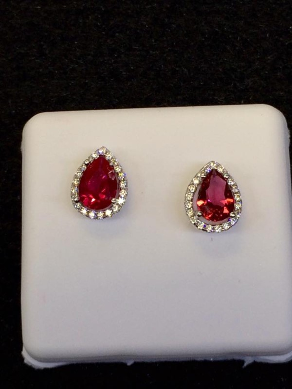 Red Stone Silver-Stone Earrings 925 Silver 1.6g