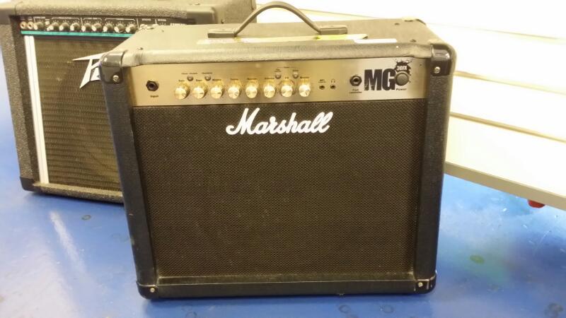 MARSHALL GUITAR AMP MG30FX