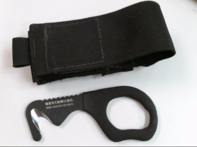 BENCHMADE SEAT BELT CUTTER