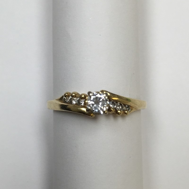 Lady's Diamond Engagement Ring 7 Diamonds .26 Carat T.W. 14K Yellow Gold 1.9dwt