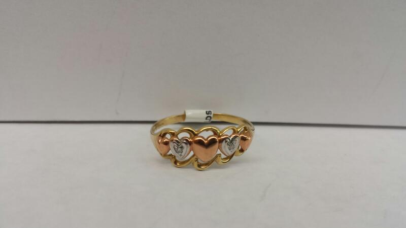 10k Yellow Gold Ring with 2 Diamond Chips and 5 Hearts