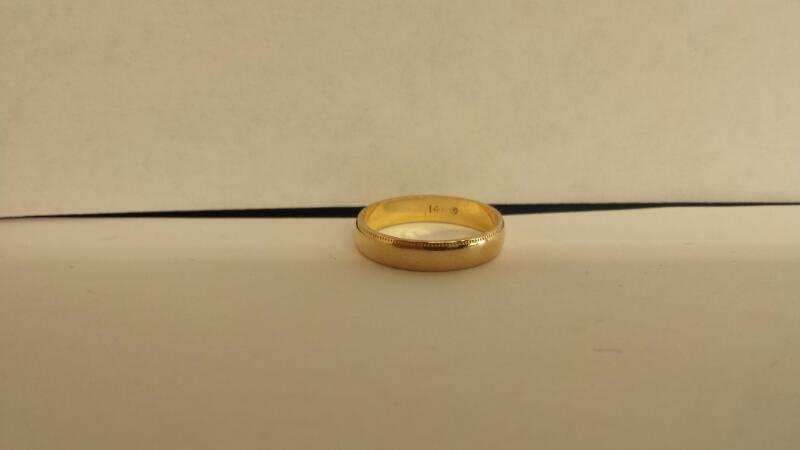Lady's Gold Ring 10K Yellow Gold 1.5dwt Size:6