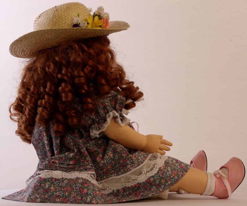 "Pauline's Limited Edition Doll ""BEATRICE"" No. 9 of 950, COA - BJONNESS-JACOBSEN"