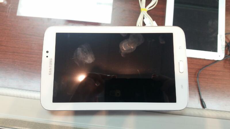 SAMSUNG GALAXY TAB 3  Tablet SM-T210R