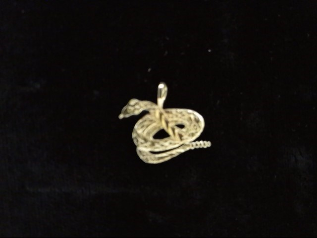 Gold Pendant 14K Yellow Gold 0.9g