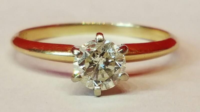 Lady's Diamond Engagement Ring .72 CT. 14K Yellow Gold 2.2g Size:8.5