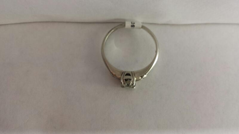 14k White Gold Ring with 1 Diamond