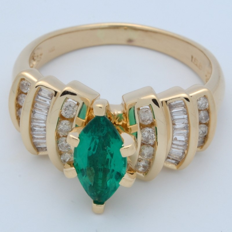 ESTATE DIAMOND EMERALD GREEN RING SOLID 14K GOLD ENGAGEMENT MARQUISE