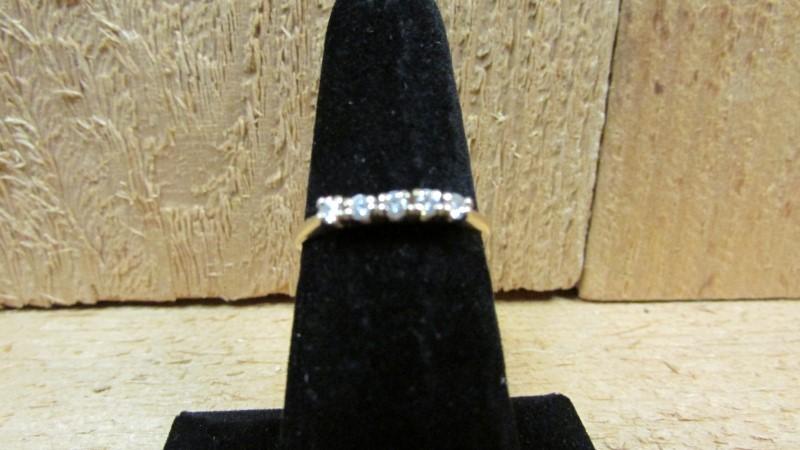 Lady's Gold-Diamond Anniversary Ring 5 Diamonds 0.2 Carat T.W. 14K Yellow Gold 1