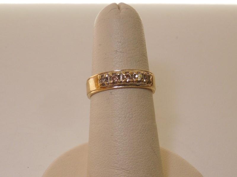 Lady's Diamond Wedding Band 5 Diamonds .20 Carat T.W. 14K Yellow Gold 3.5g