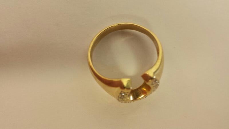 14KT Gts 13 Diamond Horseshoe Ring .13Cttw Size 7.5 2.8Dwt