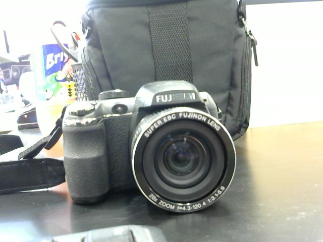 FUJIFILM Digital Camera FINEPIX S3400