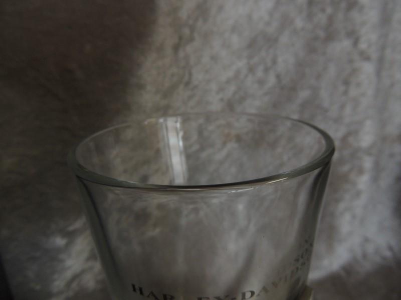 HARLEY DAVIDSON Glass/Pottery BEER PINT GLASS W/ BADGE