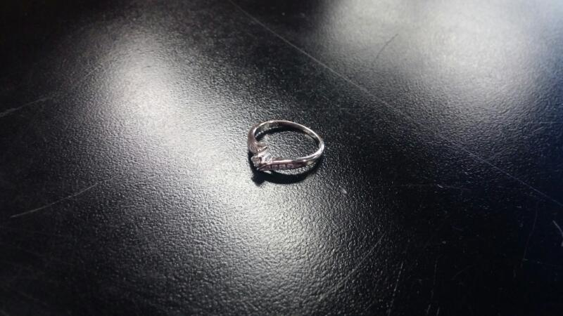 Lady's Gold Ring 10K White Gold 1dwt Size:5
