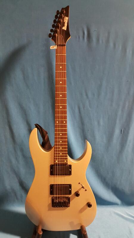 IBANEZ Electric Guitar G10