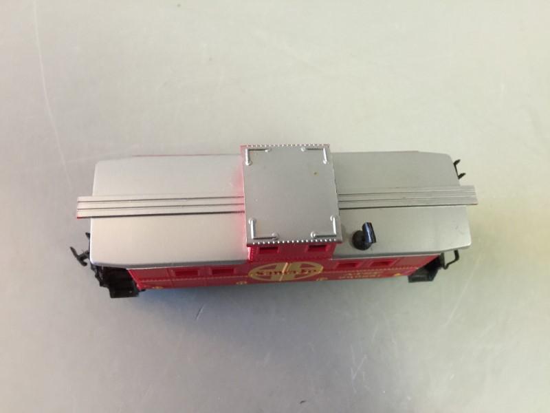 LIFE-LIKE TRAINS HO SCALE SANTE FE ATSF 999851 CABOOSE MODEL TRAIN