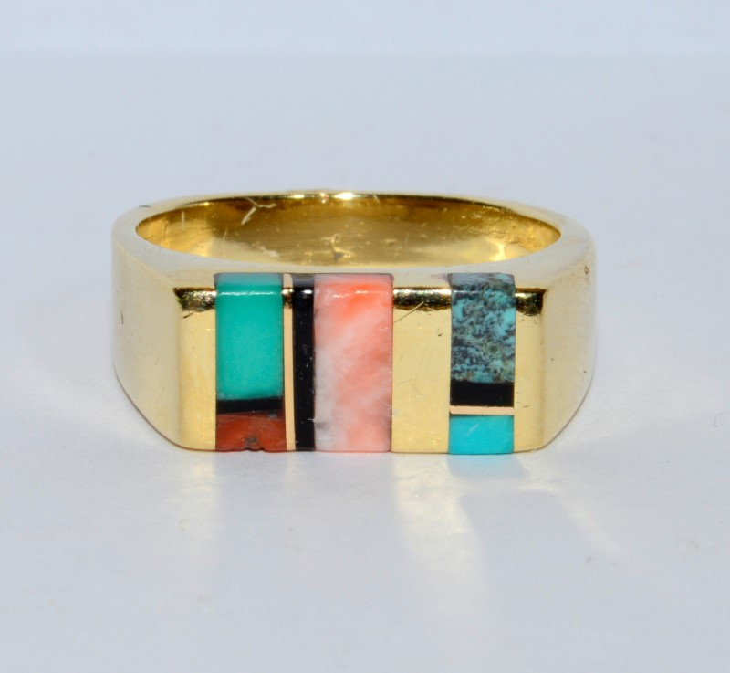 14K Yellow Gold Unique In-laid Coral, Turquoise, Onyx, Flat Top Ring Band sz 6