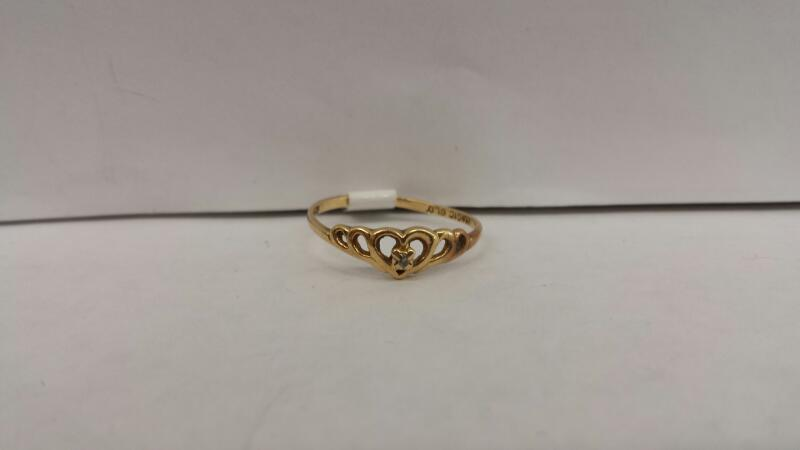 10k Yellow Gold Ring with a Diamond Chip