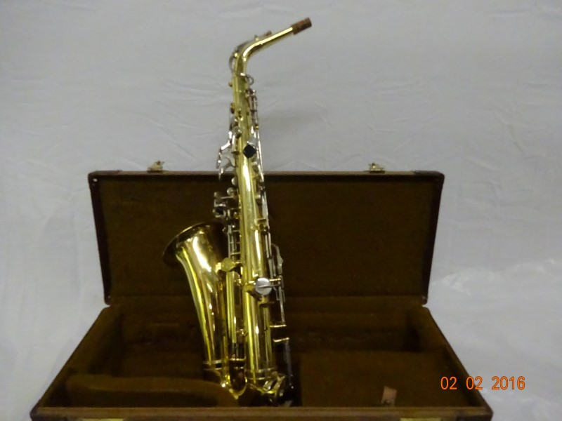 YAMAHA Saxophone YAS-21