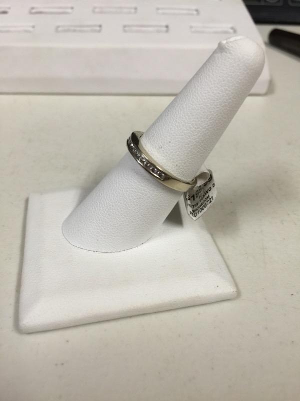 Lady's Diamond Cluster Ring 12 Diamonds .36 Carat T.W. 14K White Gold 3g