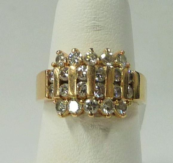 Lady's Diamond Fashion Ring 22 Diamonds 1.10 Carat T.W. 14K Yellow Gold 4.24dwt