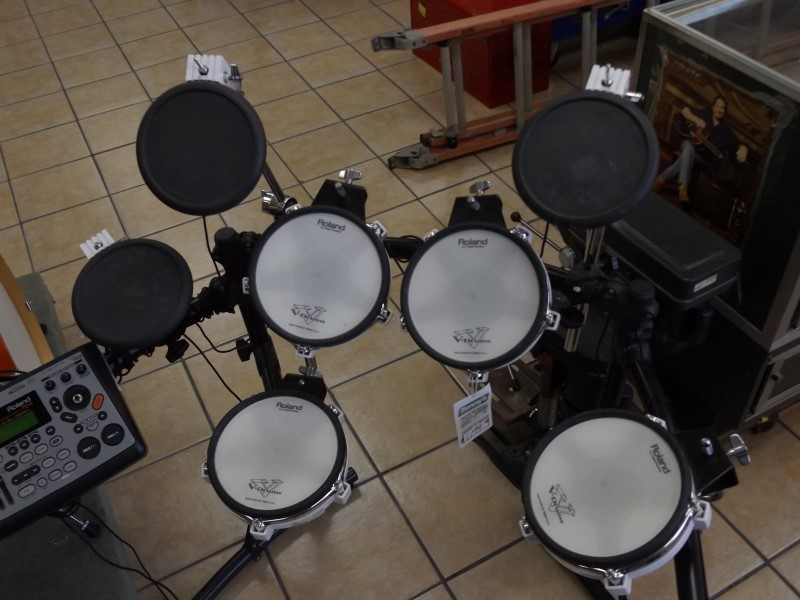 ROLAND V-DRUMS TD-8 Drum Set ELECTRONIC DRUM SET