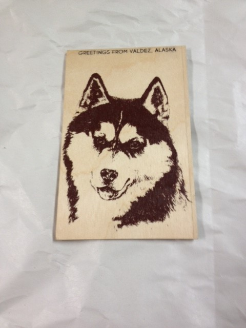 WOOD POSTCARD ALASKAN MALEMUTE-GREETINGS FROM ALASKA