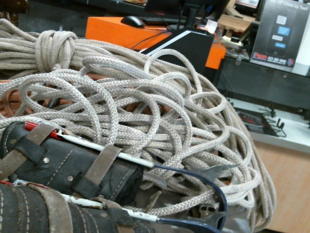 "Miscellaneous Tool 1/2""X 150' CLIMBING ROPE"