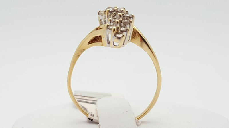 Lady's Diamond Cluster Ring 16 Diamonds .32 Carat T.W. 14K Yellow Gold 2.6g