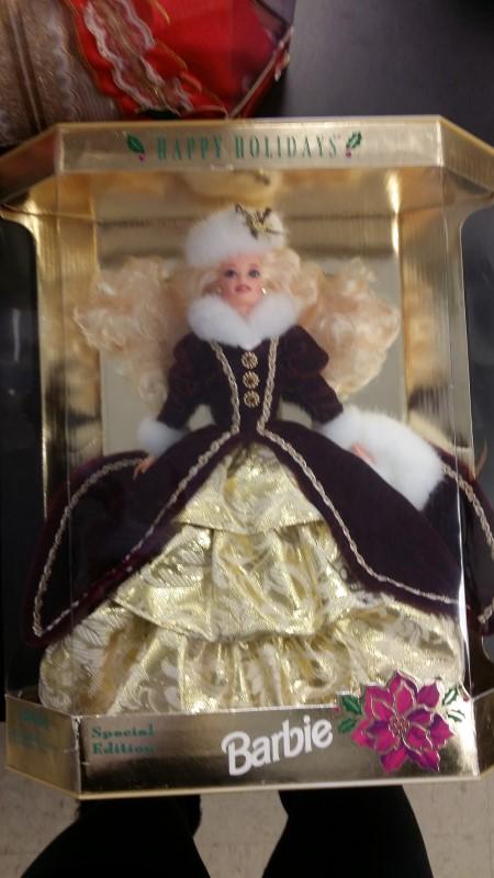 MATTEL Doll 1996 HAPPY HOLIDAYS BARBIE