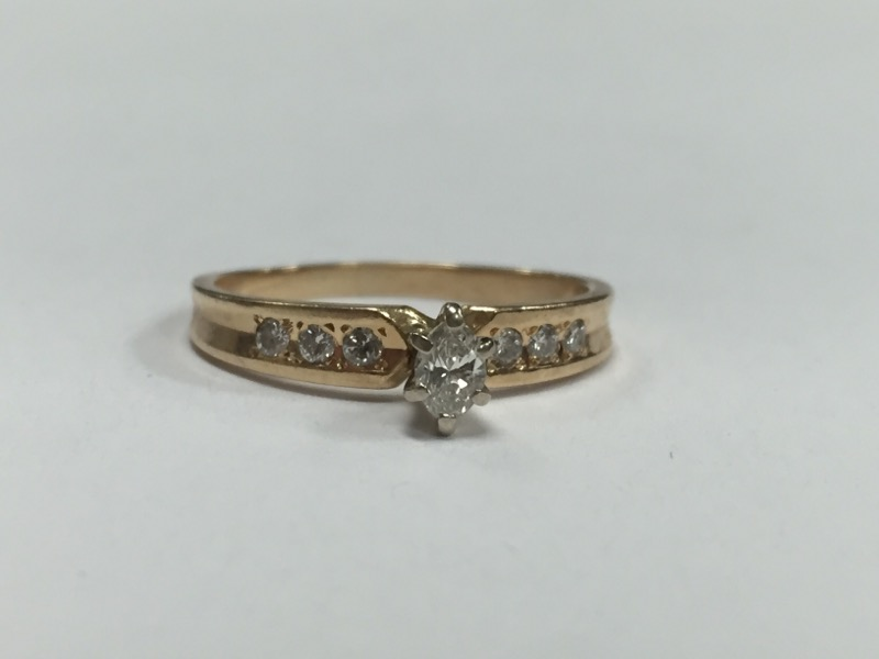 Lady's Diamond Solitaire Ring 7 Diamonds .40 Carat T.W. 14K Yellow Gold 2.6g