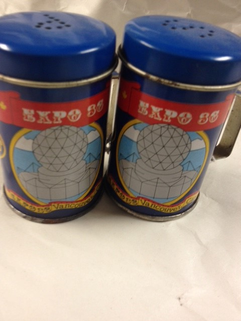 VANCOUVER EXPO 86 TIN- SALT AND PEPPER SHAKER