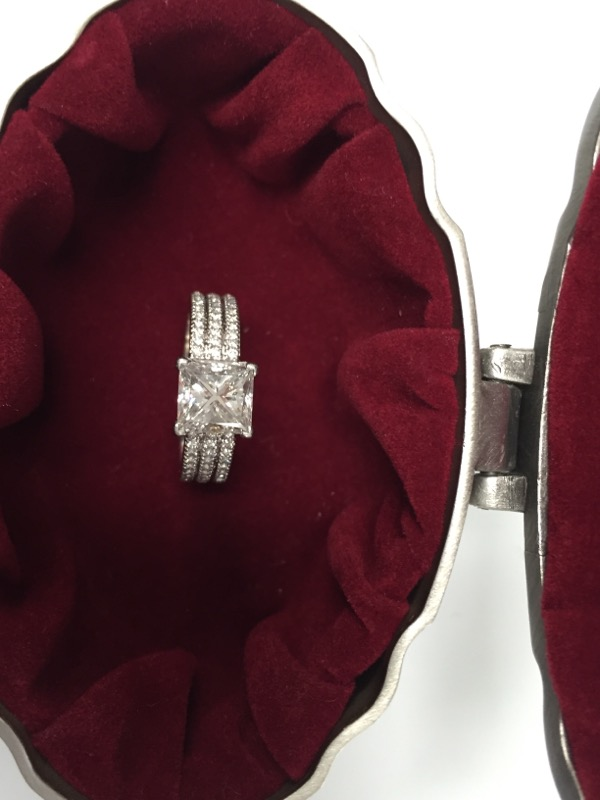 Lady's Platinum-Diamond Solitaire 136 Diamonds 2.86 Carat T.W. 950 Platinum