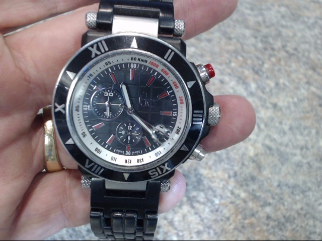 GUESS Gent's Wristwatch GC46001G