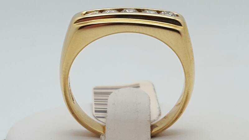 Gent's Diamond Fashion Ring 5 Diamonds .75 Carat T.W. 14K Yellow Gold 11g