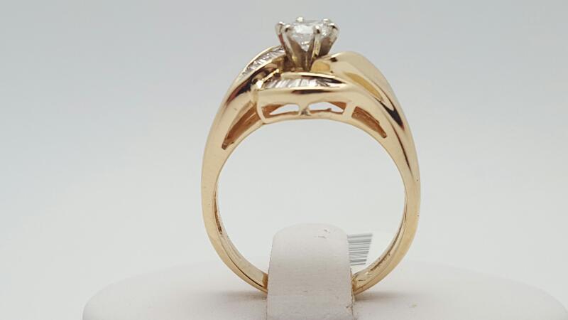 Lady's Diamond Engagement Ring 33 Diamonds .81 Carat T.W. 14K Yellow Gold 6g
