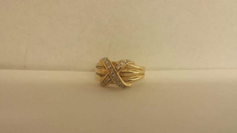 Lady's Diamond Fashion Ring 14 Diamonds .28 Carat T.W. 10K Yellow Gold 3.1dwt