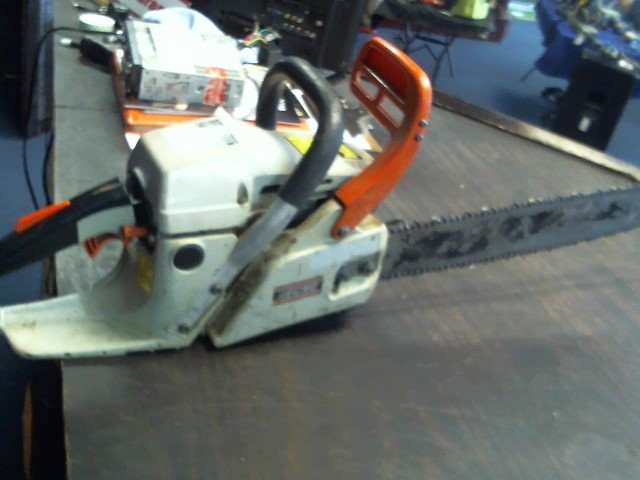 ECHO Chainsaw CS-440