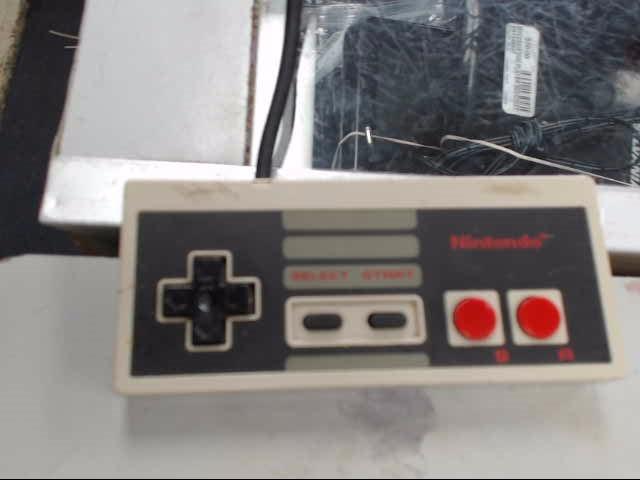 NINTENDO Video Game Accessory NES - CONTROLLER - ORIGINAL