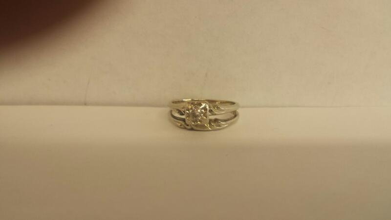Lady's Diamond Solitaire Ring .20 CT. 14K White Gold 2.7dwt Size:8
