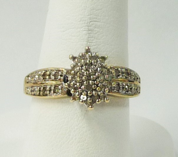 Lady's Diamond Cluster Ring 40 Diamonds .40 Carat T.W. 10K Yellow Gold 1.54dwt