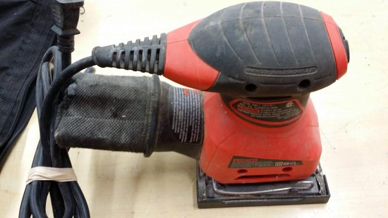 BLACK & DECKER Vibration Sander QS780 PALM SANDER