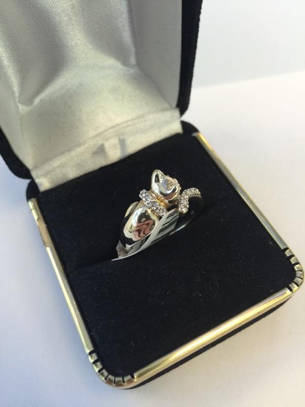 Lady's Diamond Fashion Ring 2 Diamonds .04 Carat T.W. 10K Yellow Gold 2.3dwt