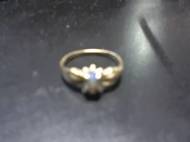 Synthetic Jade Lady's Stone Ring 10K Yellow Gold 1.5g